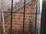 ventana cocina da a patio  interno
